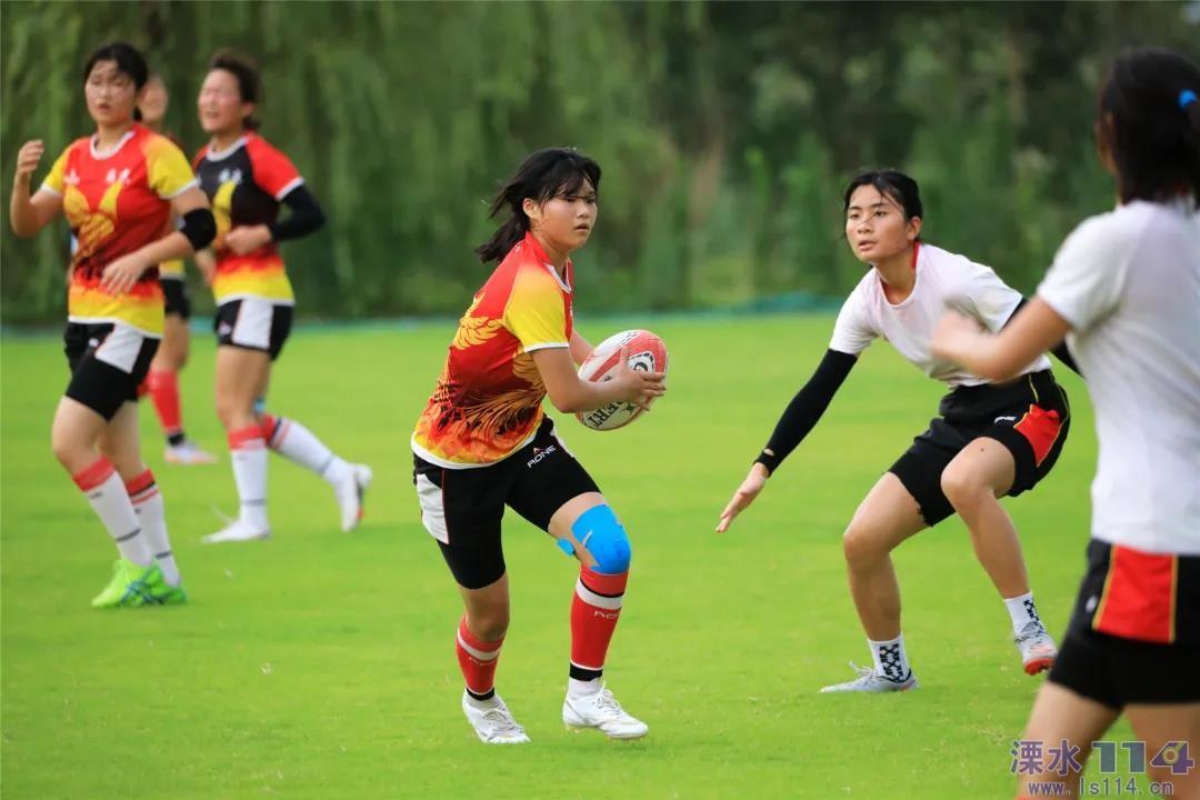 青春在燃烧,溧水女子橄榄球队夏练三伏!